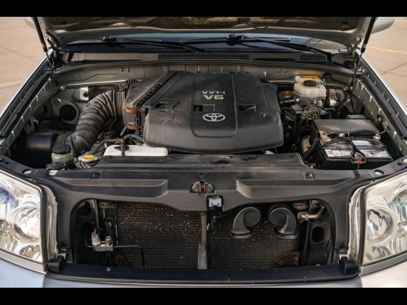 Toyota 4Runner 2003 price $6,980