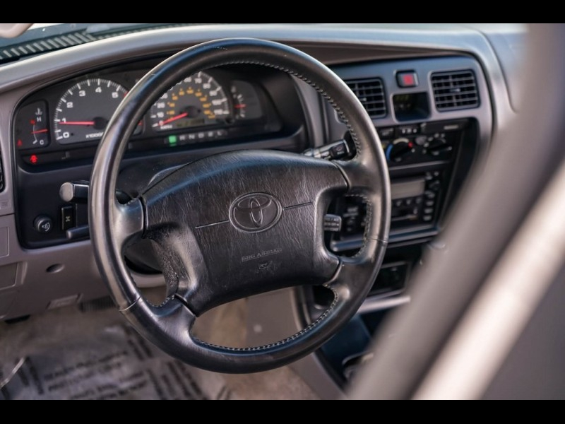Toyota 4Runner 2001 price $6,980