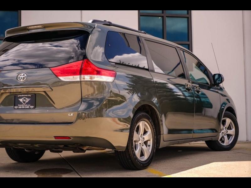 Toyota Sienna 2011 price $11,994