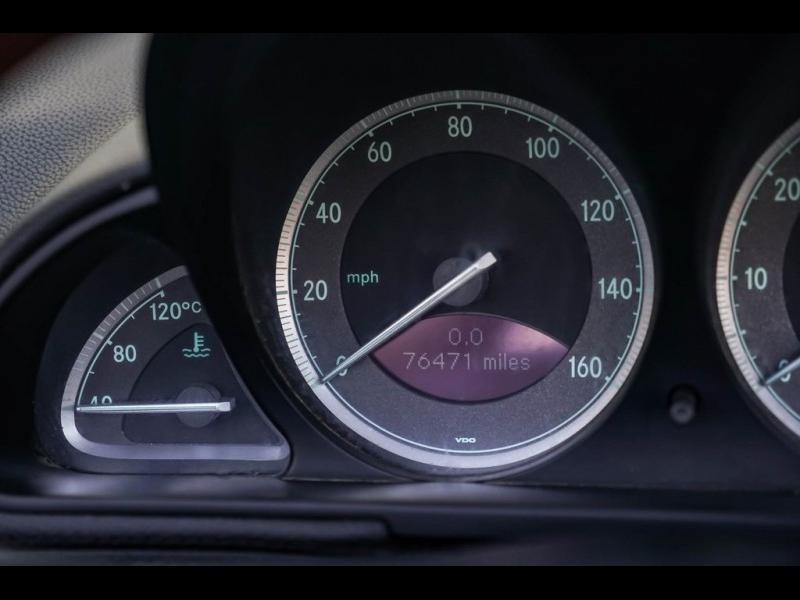 Mercedes-Benz SL-Class 2005 price $15,980