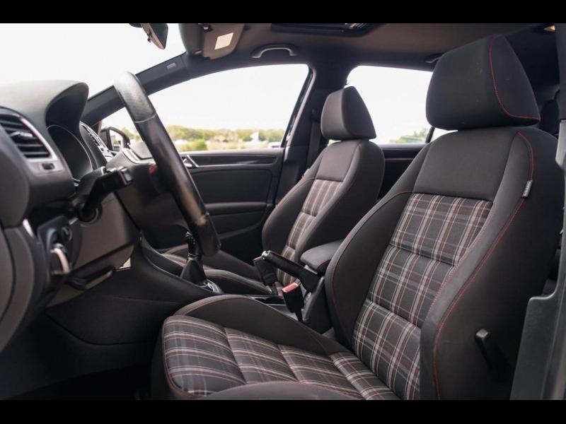 Volkswagen GTI 2013 price $15,980