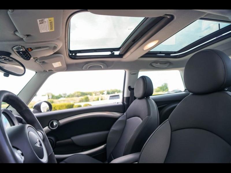 MINI Cooper S 2008 price $11,990