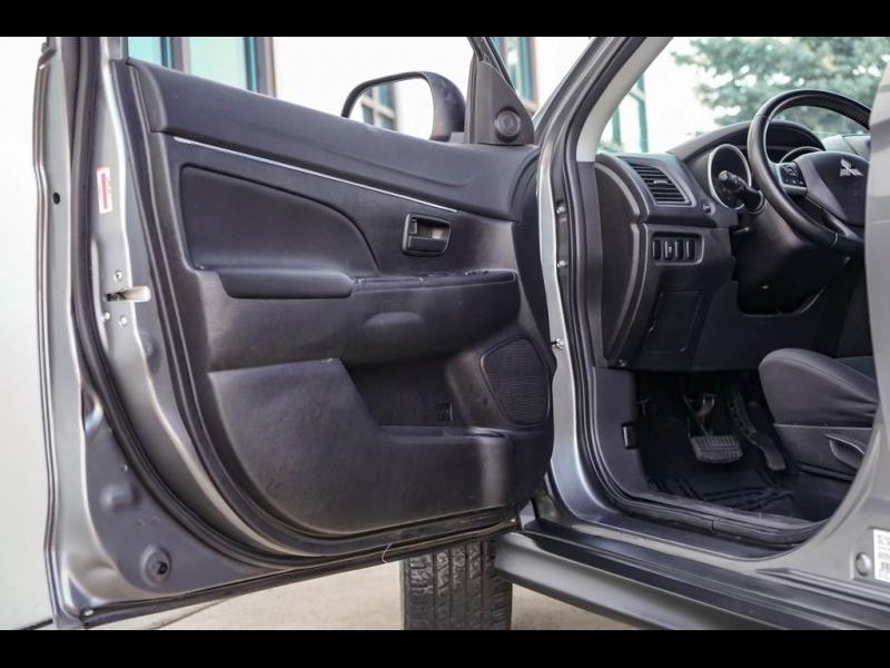 Mitsubishi Outlander Sport 2015 price $8,980