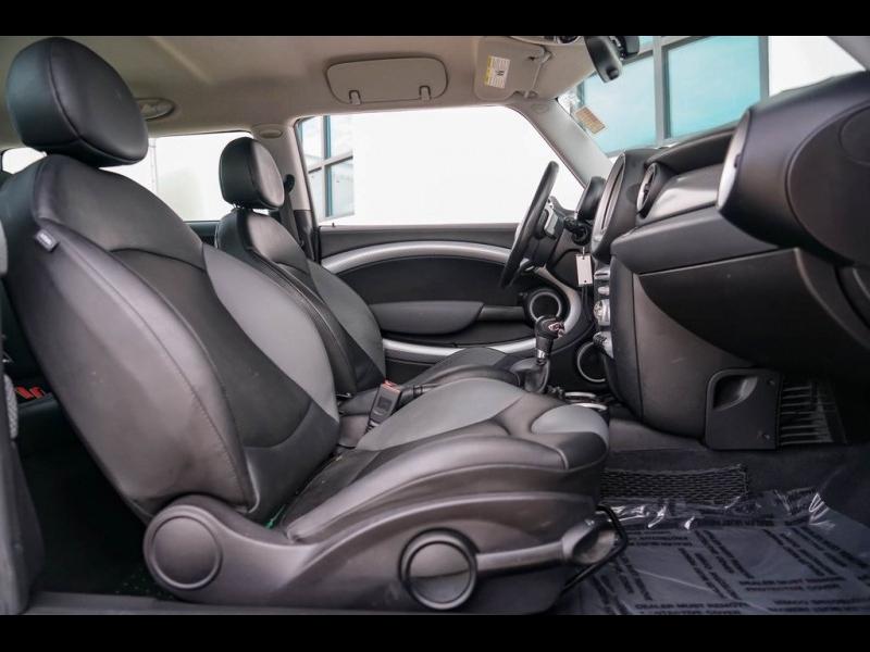 MINI Cooper S 2010 price $7,990