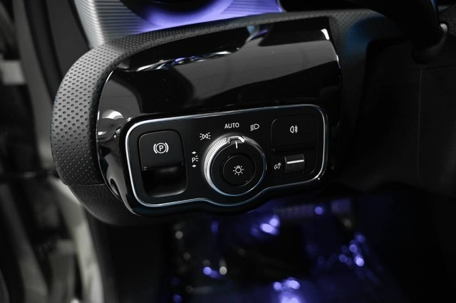 Mercedes-Benz A-Class 2019 price $33,985