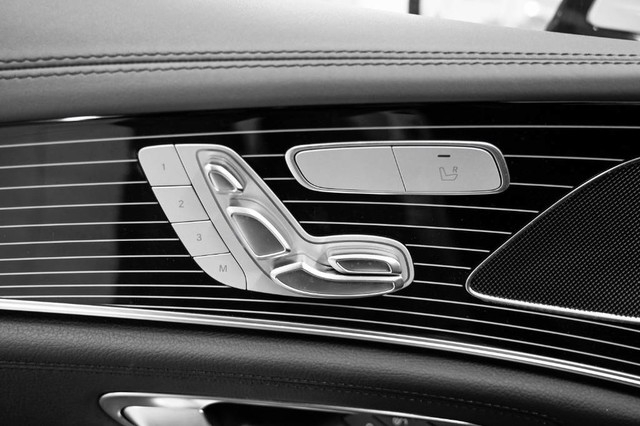 Mercedes-Benz CLS 2019 price $78,880