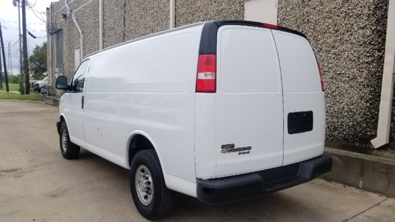 Chevrolet Express Cargo Van 2016 price $15,140