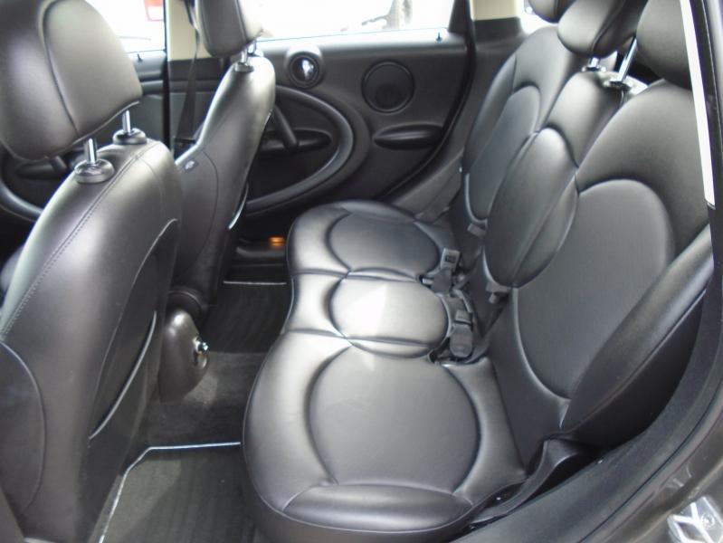 Mini Cooper Countryman 2012 price $6,995