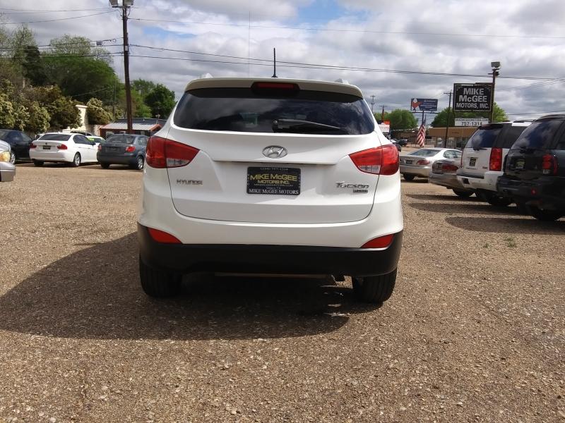 Hyundai Tucson 2010 price $5,995