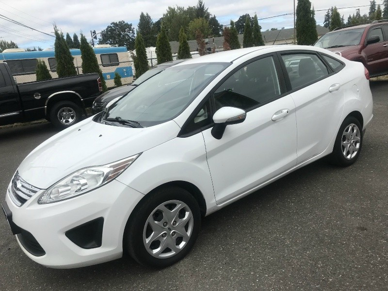 Ford Fiesta 2013 price $5,595