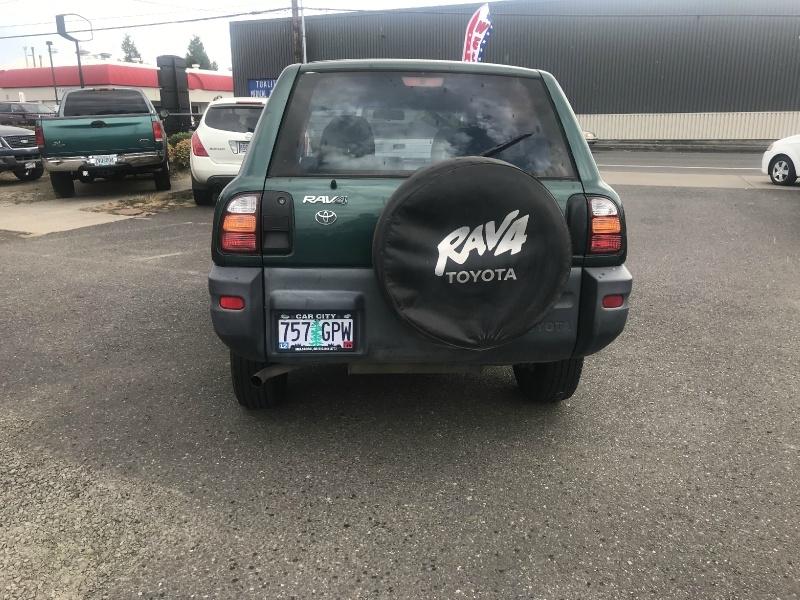 Toyota RAV4 1998 price $2,895