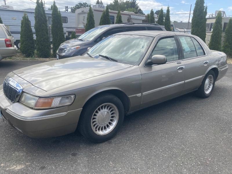 Mercury Grand Marquis 2001 price $2,495