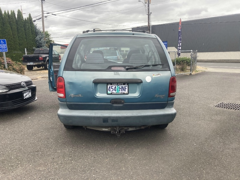 Plymouth Voyager 1996 price $2,395