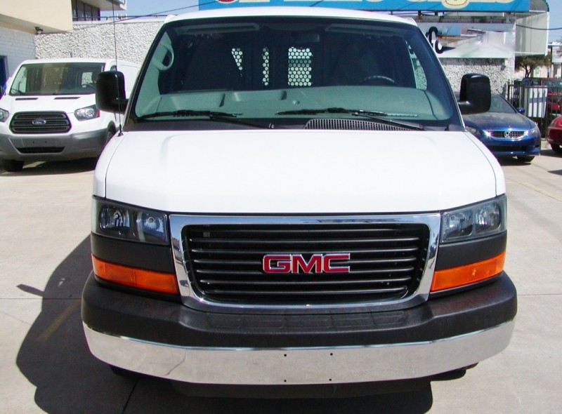 GMC Savana Cargo Van 2017 price $21,995