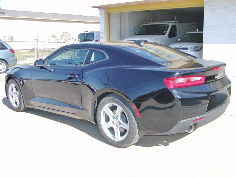 Chevrolet Camaro 2017 price $19,995