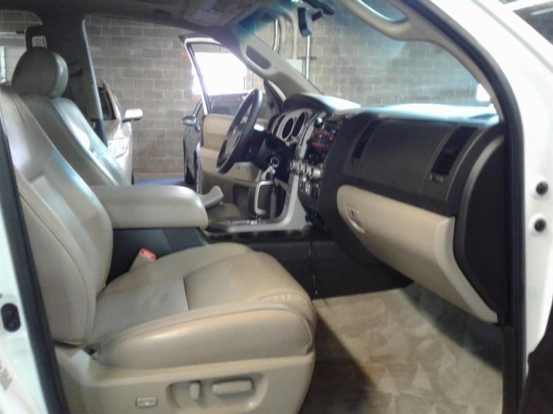 Toyota Sequoia 2008 price $14,999