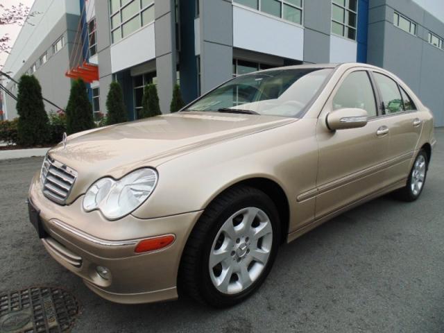 2005 Mercedes-Benz C320