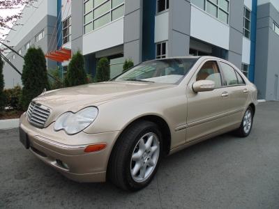 Mercedes-Benz C240 2003