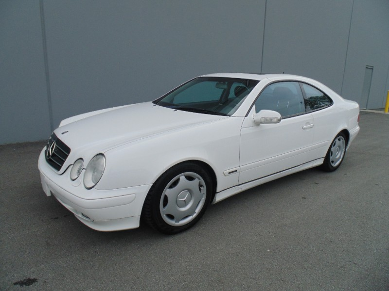 Mercedes-Benz CLK320 2000 price $4,995