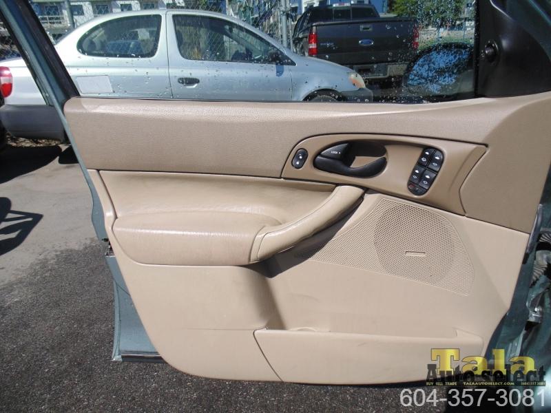 Ford Focus 2005 price $2,995