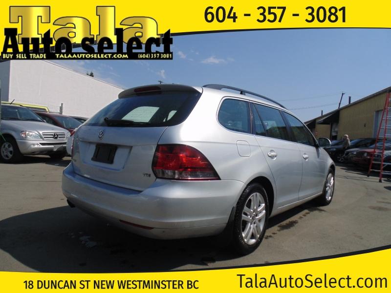 Volkswagen Golf 2010 price $6,888