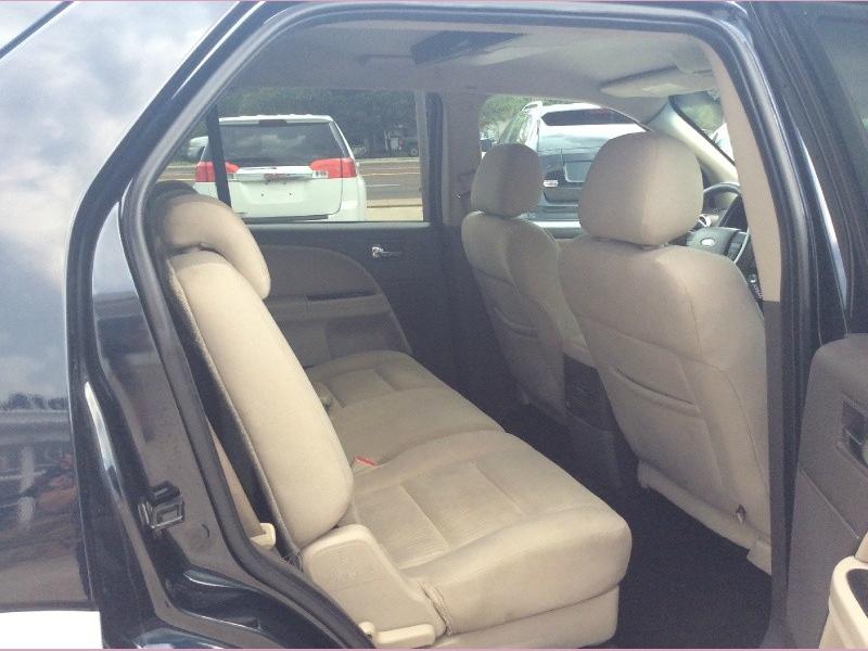 Ford Taurus X 2008 price 1100down