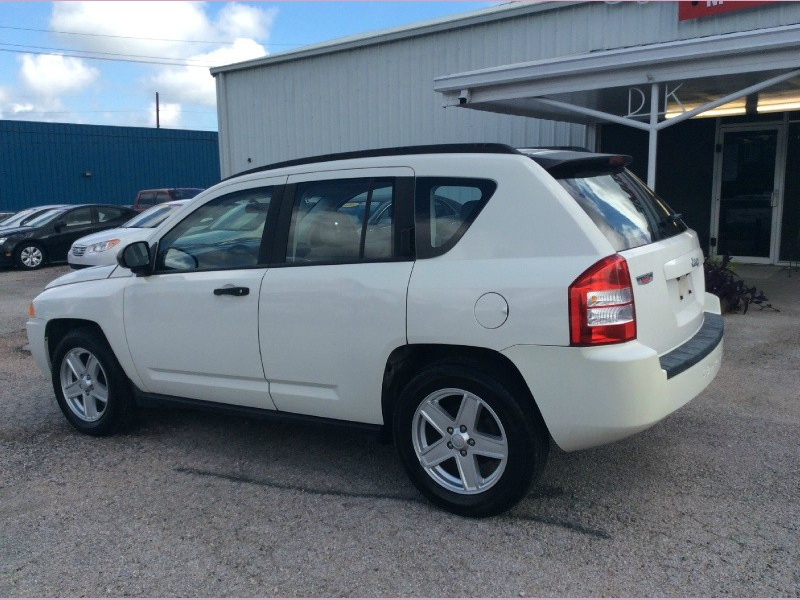 Jeep Compass 2007 price 1100down