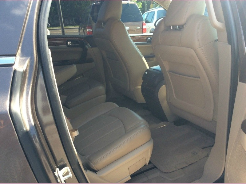 Buick Enclave 2011 price 2000down
