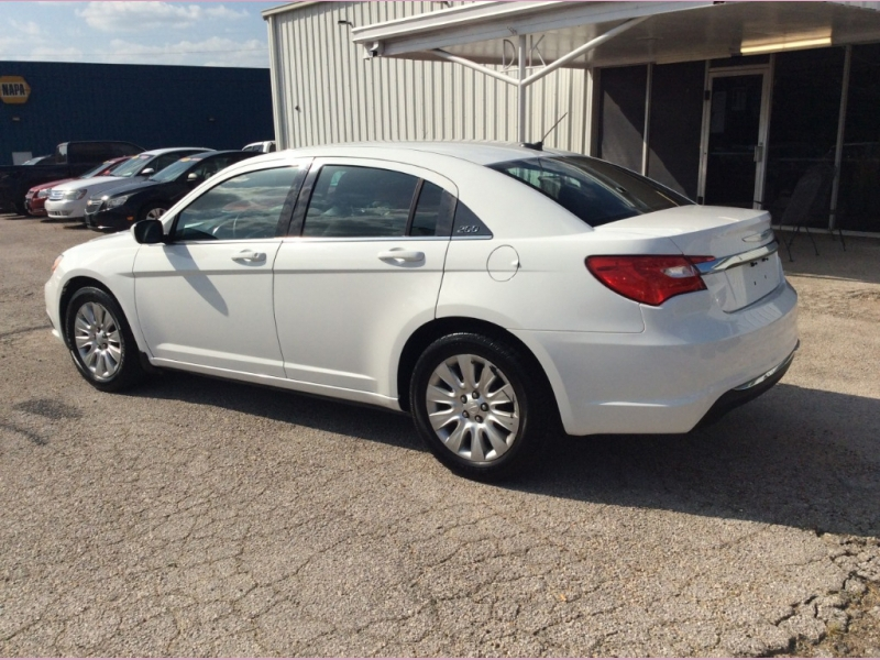 Chrysler 200 2012 price 1100down