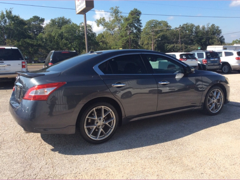 Nissan Maxima 2011 price 1600down