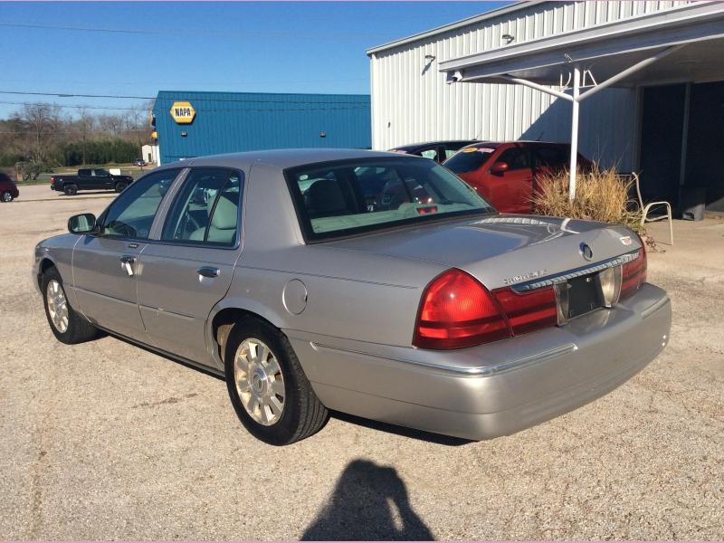 Mercury Grand Marquis 2004 price 2900cash