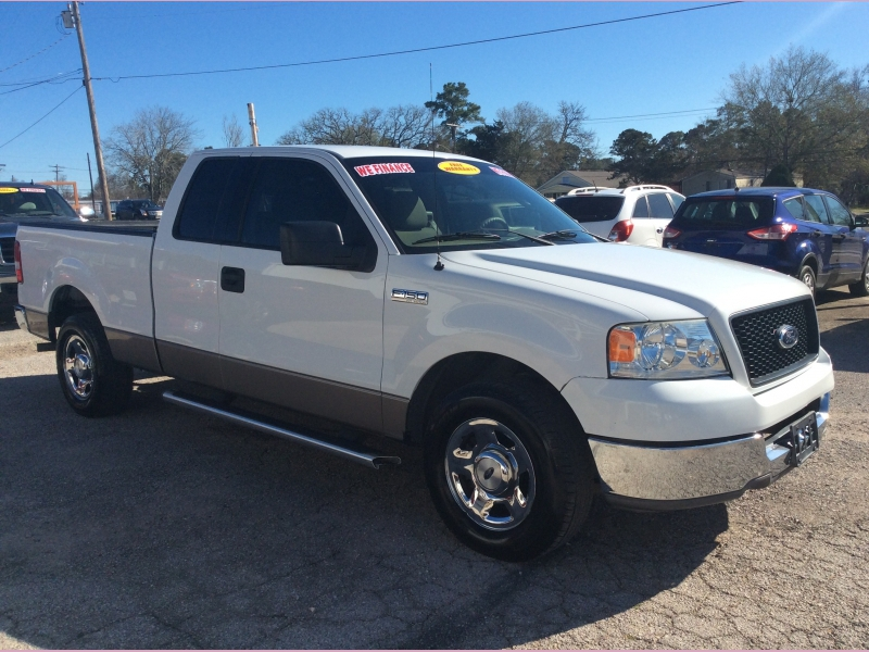 Ford F-150 2004 price 1400down