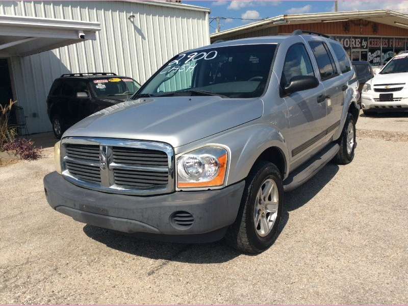 Dodge Durango 2006 price 2900cash