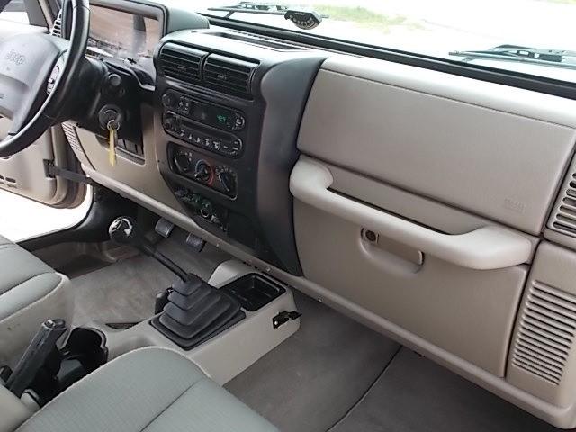 Jeep Wrangler 2004 price $17,900