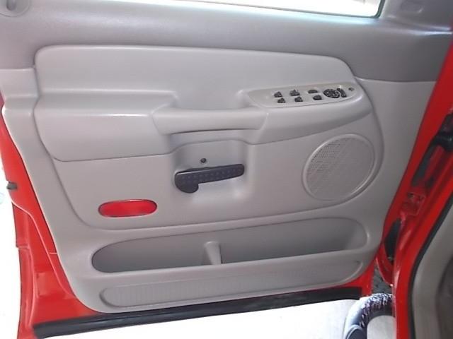 Dodge Ram 3500 2004 price $16,900