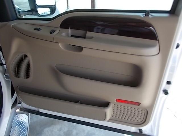 Ford Super Duty F-350 DRW 2006 price $23,900
