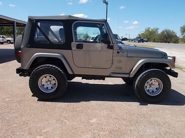 Jeep Wrangler 2003 price $11,900