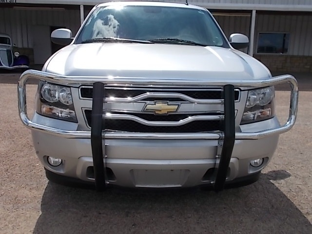 Chevrolet Tahoe 2011 price $15,900