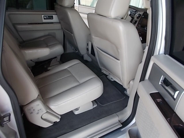 Ford Expedition EL 2010 price $9,900