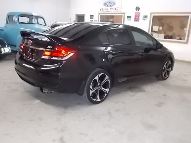 Honda Civic Sedan 2015 price $15,100