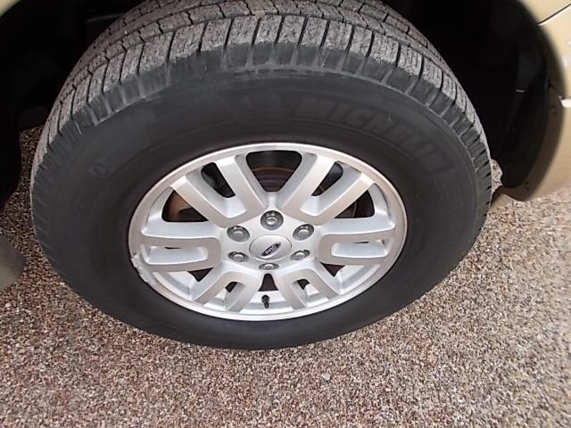 Ford Expedition EL 2011 price $7,200