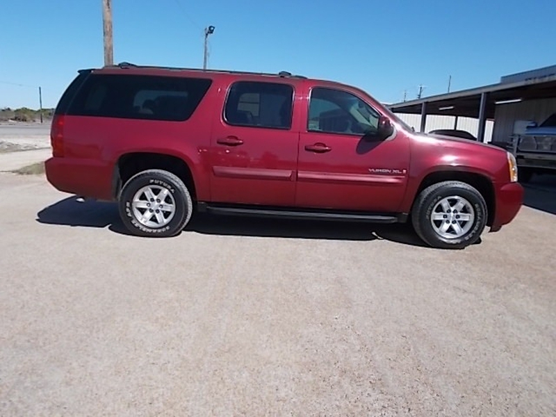 GMC Yukon XL 2007 price $5,900