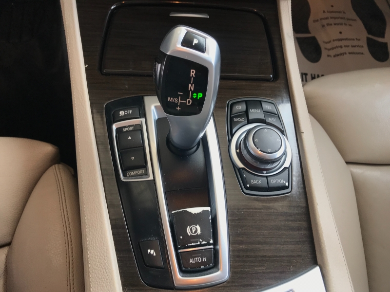 BMW 7-Series 2011 price $10,900