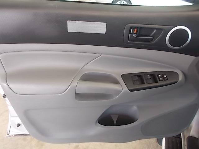 Toyota Tacoma 2012 price $17,100