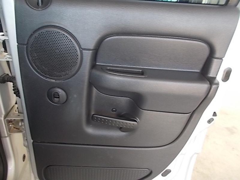 Dodge Ram 3500 2004 price $14,900