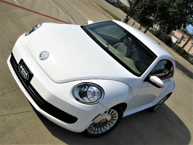 2014 Volkswagen Beetle Auto White W Only 31k Miles In