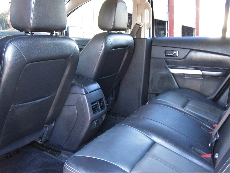 Ford Edge 2012 price $11,999
