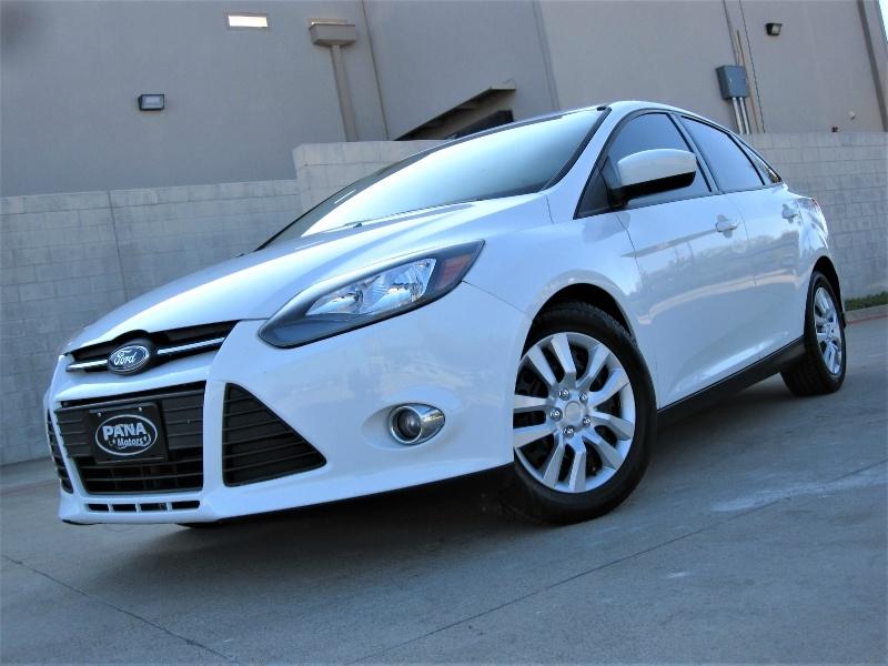 Ford Focus 2012 price $5,499