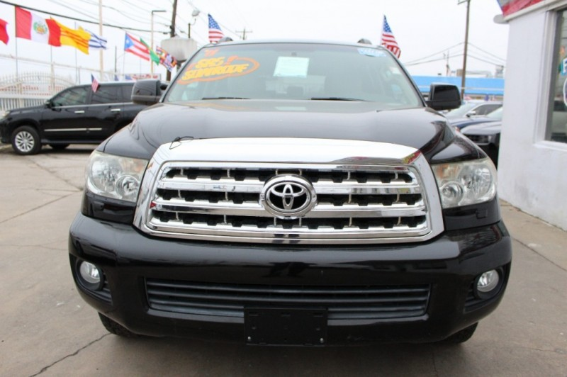 Toyota Sequoia 2011 price Call