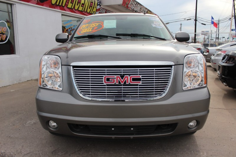 GMC Yukon 2007 price Call